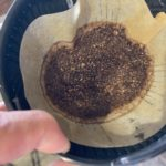 中煎りのコーヒー粉はお湯が通りにくい