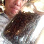 アイスコーヒーはなぜ深煎りのコーヒー豆なのか?