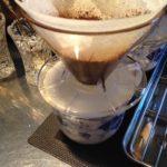 どうしてコーヒーを沢山の杯数を淹れる時、粉を減らすのか