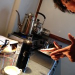 コーヒーシロップの新しい使い方。お湯で割ってホットコーヒーができる!