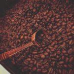 はじめてのコーヒーミル 手挽きと機械 どっちがいいの?